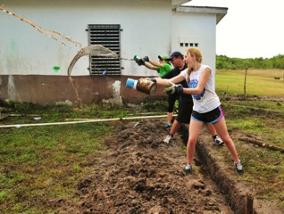 Students Belize in Service