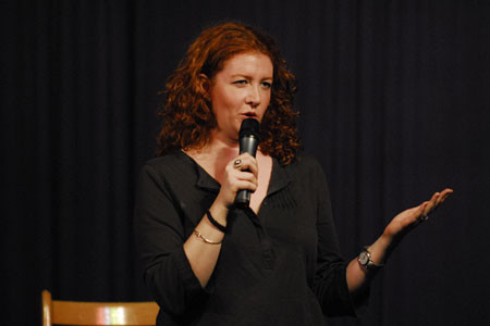 Comedian Gets Laughs in SNAR