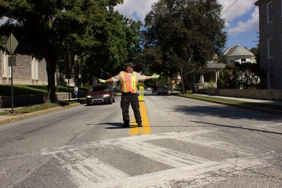 Community+Rallies+to+Aid+Crossing+Guard
