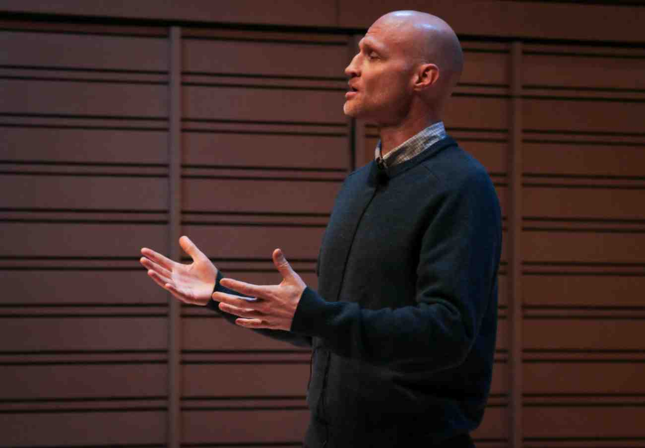 Scott Dikkers, co-founder and former editor-in-chief of The Onion, gave a lecture in Rubendall Recital Hall on March 28, outlining the development of the publication and giving students professional advice.