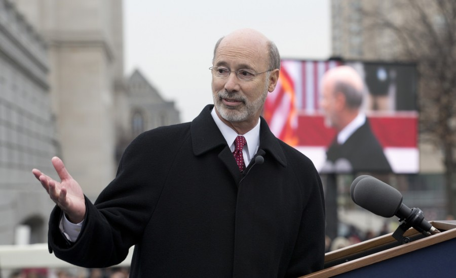 Gov.+Tom+Wolf+at+his+inauguration+in+Harrisburg+on+Jan.+20%2C+2015.+Wolf+will+speak+at+the+2016+Commencement+ceremony+on+Sunday%2C+May+22.