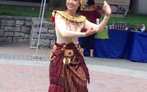Loving Kindness Festival Raises Money for Local Buddhist Temple
