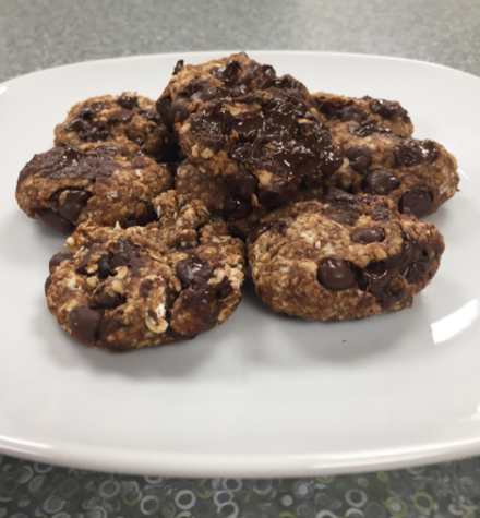 Batter Up: Two Ingredient Banana Oatmeal Cookies