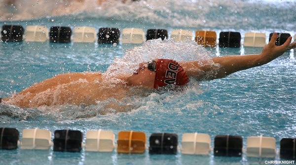 Men's Swim Falls To Washington College