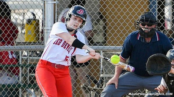 Frosh lead CV softball to another 20-something run win