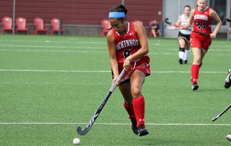 Field Hockey Performs Well in Long Weekend