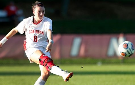Women's Soccer Falls to Johns Hopkins, Tops Washington College