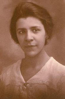 Red Devil of the Week: Esther Popel Shaw Class of 1919