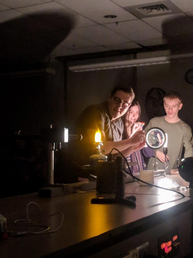Interactive Science Spectacular Attracts Community