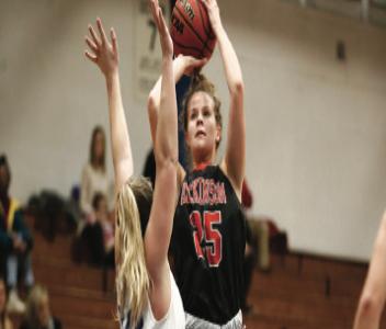 Women's Basketball Splits the Week