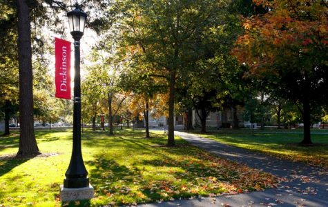 Students Reflect on Distanced Campus, Albeit Some Violations.